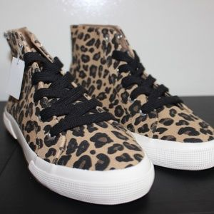 Airwalk Leopard Print Hightop Sneakers
